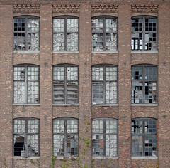 Abandoned Mill (FWDPhotography) Tags: abandoned decay derelict urbex urbanexploration urbandecay explore nikon d5100 newyork industrial old windows brick photo photographer photography symmetry