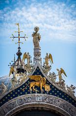 San Marco [Explored] (Alieno95) Tags: basilica san marco venezia chiesa church architettura architecture italia italy saint marc venice decorazioni details lightroom nikon estate summer statue angeli angels evangelista