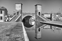 Tre Ponti (Lucky Lu62) Tags: comacchio valli pescatori bw bridge river water