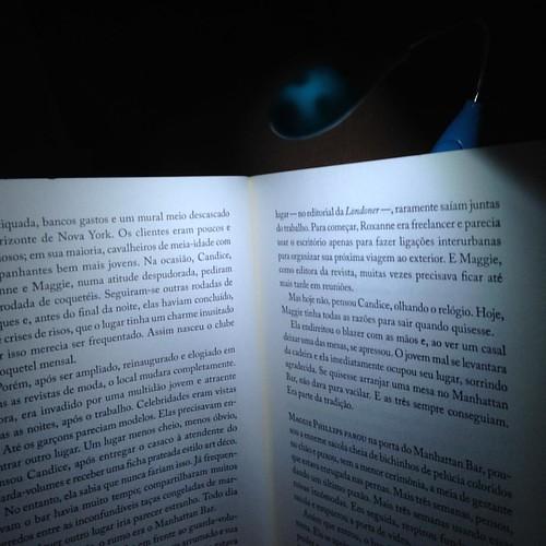 Luzinha pra livro é amor! #books #addicte #bookaholic