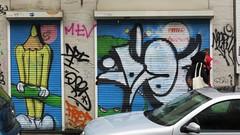 Les crayons / Idiot / Ixelles - 19 okt 2016 (Ferdinand 'Ferre' Feys) Tags: bxl brussels bruxelles brussel belgium belgique belgi streetart artdelarue graffitiart graffiti graff urbanart urbanarte arteurbano idio idiot crons lescrayons