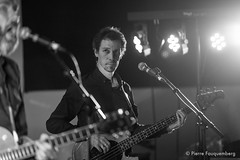 Bowie Reloaded - Guest Live-3128 (Pierre Fauquemberg) Tags: bowiereloaded hommage tribute bowiefrance davidbowie groupe bande concert guestlive bondy live photographiedeconcert photographe pierrefauquemberg france blackandwhite blackandwhitephotography noiretblanc monochrome