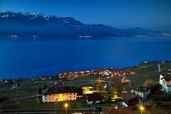 Day and Night (hapulcu) Tags: alps chexbres leman schweiz suisse suiza svizzera switzerland vaud waadt dawn lac lake vineyard winter