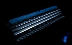 [E|D|G|Y] #005 (C.Kalk DigitaLPhotoS) Tags: razor rasierer scharf sharp edge edgy klinge blade metall stahl steel linie line macro close up closeup indoor stilllife product wilkinson xtreme3
