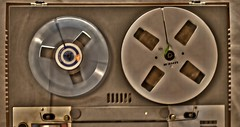 Musikmaschine!! Tonband von UHER. (Gnter Hentschel) Tags: uher tonband musikmaschine deutschland germany germania alemania allemagne europa nrw nikon nikond5500 d5500 hentschel gnter flickr indoor tonbandgert