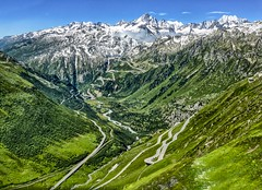 Motorbike Heaven (frodeturer (check albums for themes / places)) Tags: alps alpine furka grimsel furkapass grimselpass furkaoberalp lauteraarhorn finsteraarhorn motorcycle heaven motorbikeheaven schweiz switzerland curves mountains frodeturer