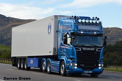 MacNeil SHELLFISH SCANIA R580 V8 BLUE STREAM V8 MNL (denzil31) Tags: macneil shellfish scania r580v8 v8 mnl bluestream streamline euro6 sor trailers ukandeurope scaniatrucks a9newtonmore refridgeratedtransport