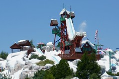 Summit Plummet & Slush Gusher at Disney's Blizzard Beach Water Park (katsuhiro7110) Tags: park beach water epcot florida slush summit blizzard magickingdom animalkingdom plummet disneys gusher disneyshollywoodstudios waltdisneyworldresortinorlando downtowndisneydisneysprings 2015july