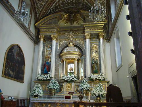Altar Mayor, Basílica de los Remedios, Naucalpan, Edo. de México.