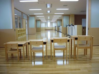 関西学院初等部デスクセットの写真