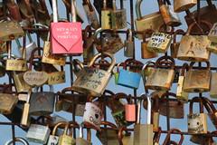 Cadenas (gisellecb) Tags: cadenas paris amour