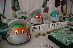 Guilherme | TMNT (Cats fall on their feet*) Tags: birthday family party food green beautiful animals cake kids children fun happy child turtle happiness celebration 500px ifttt aldasilva