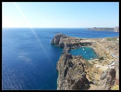 St. Paul's Bay, Lindos @Rodi (brunombo) Tags: travel blue sea water island greek mare blu samsung grecia galaxy leisure s3 acqua azzurro rhodes viaggio rodi lindos isola stpaulsbay piacere marmediterraneo mediterreansea samsunggalaxys3