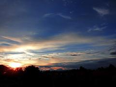 my sky !!! (ermenegildore) Tags: clouds cielo colors colori tramonto sky sunset sole sun dawn nuvole landscape panorama
