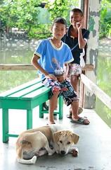 boys and their dog (the foreign photographer - ) Tags: two boys dog khlong thanon portraits bangkhen bangkok thailand canon kiss 400d