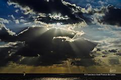 Atardecer en Tarifa (fjponcedeleon) Tags: playa de los lances tarifa spain