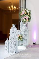 Aranjamente si decoratiuni intrare nunti (IssaEvents) Tags: nunta decor sala aranjamente decoratiuni idei felinare dubai albe flori covor alb nunti valcea