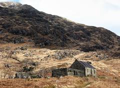 Abandoned in Knoydart. March 2008. (Chris Firth of Wakey.) Tags: knoydart lunniebheinn