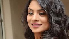 South Actress Deepika Das Hot in Pink Dress- Photos Set-6