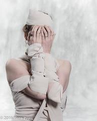 20161126RBP-_DSC3512 (reneprins) Tags: laurakorver mualousebevan studio studiofoto verband bandages