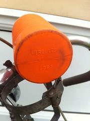 Hercules water bottle (zombikombi1959) Tags: waterbottle cyclingbottle bidon bottlecage cyclingwaterbottle vintage plastic orange 1960 hercules cycle bike