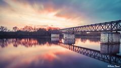 Pont de fer (Bruno. Thomé) Tags: pentaxk1 smcfa24mmf20 poselongue pont fer coucherdesoleil paysage france indreetloire chinon