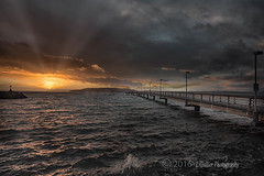 _LFG2761-Edit-Edit.jpg (l.gallier) Tags: rays desmoineswashington sunset fishingpier mauryisland pacificnw november2016 pugetsound