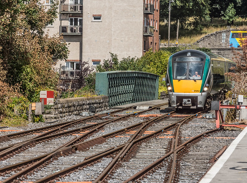 THE MINISTER PLUS PLATFORM 10 AND THE PHOENIX PARK RAILWAY TUNNEL [NOT FORGETTING IRISH RAIL STAFF] REF-107150
