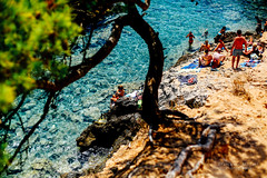 Exploring Isole Tremiti - Italy (www.francescaalviani.com) Tags: italien sea summer italy sun holiday hot water islands bath warm italia mare tremiti estate stones july tourist explore sole turismo puglia vacanze newplace luglio ourhoneymoon caldo gargano 2015 isole