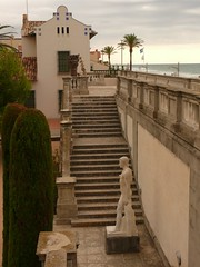 Vila Casals (2) (calafellvalo) Tags: treppe step ladder ladders escaleras leiter chelle peldaos calafellvalo escalerasescalesbaixpenedsescalesscalestaircasecalafellvalo strsis