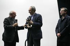 Il premio alla Carriera a Franco Battiato e il Vescovo Vincenzo Paglia