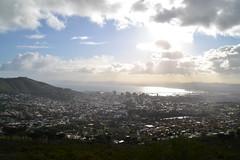 Capetown (laura vrzz) Tags: morning sky skyline honeymoon nuvola capetown cielo tablemountain collina devilspeak mattino baia sudafrica cittàdelcapo lionspeak