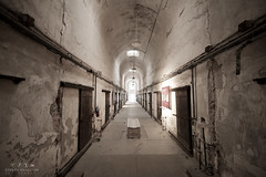 Eastern State Penitentiary, Philadelphia (Stan de Haas Photography) Tags: building tourism philadelphia horizontal america site state pennsylvania decay interior skylight cell landmark dirty historic hallway tires spooky prison crime national jail damage editorial block fairmount eastern cells dilapidated attraction crumbling penitentiary unites incarceration standehaas