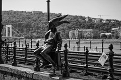 Black & White in Budapest (Son of Groucho) Tags: bw statue blackwhite hungary budapest nik 2015 silverefexpro2