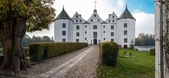 Glücksburg Castle access (thomas.kopf) Tags: glücksburg schloss castle