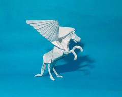 Pegasus de Kamiya Satoshi (mark origami (2)) Tags: origami papiroflexia paper papel pegaso pegasus kamiya satoshi wings horse