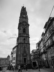 Porto - Portugal (Francisco (PortoPortugal)) Tags: 2342016 20161022fpbo4262 pb bw torredosclrigos porto portugal portografiaassociaofotogrficadoporto monocrome franciscooliveira