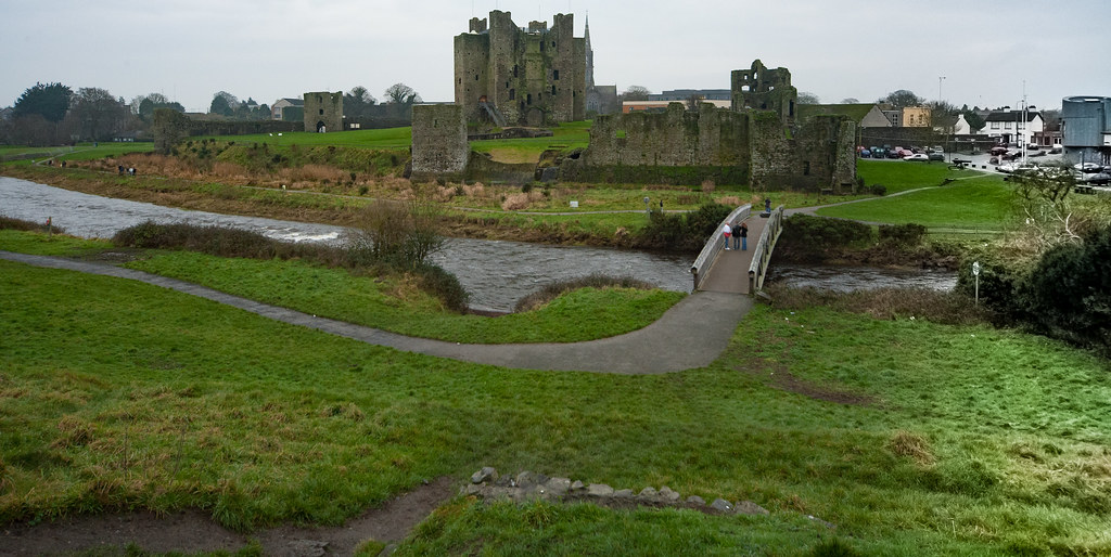 TRIM CASTLE AND NEARBY [COUNTY MEATH]-123607