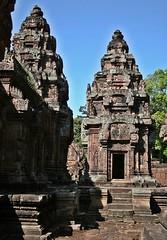 Cambodia - Angkor Banteay Srey (zorro1945) Tags: temple asia cambodia stonecarving carving doorway siemreap angkor indochina banteaysrey templesteps templesofangkor khmerart sandstonecarving khmerarchitecture
