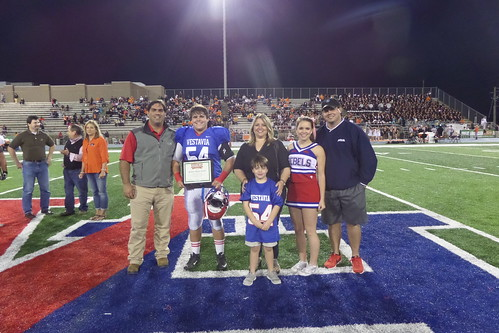 "Vestavia vs. Hoover • <a style=""font-size:0.8em;"" href=""http://www.flickr.com/photos/134567481@N04/21617571223/"" target=""_blank"">View on Flickr</a>"