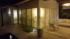 Villa de nuit