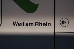 SBB Flirt RABe 521 003 - 9 mit Taufname Weil am Rhein ( Hersteller Stadler Rail - Triebzug Triebwagen Nahverkehrszug ) am Bahnhof Basel SBB im Kanton   Basel Stadt der Schweiz (chrchr_75) Tags: albumzzz201610oktober christoph hurni chriguhurni chrchr75 chriguhurnibluemailch oktober 2016 hurni161018 bahn eisenbahn schweizer bahnen zug train treno albumbahnenderschweiz2016712 albumbahnenderschweiz schweiz suisse switzerland svizzera suissa swiss albumsbbflirt albumbahnsbbrabeflirt flirt sbb cff ffs stadler rail triebzug nahverkehrszug v ffentlicher verkehr