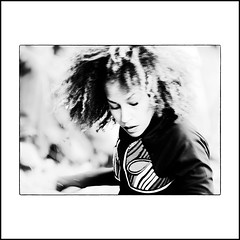"""Black Magic Woman..."" (jean76_58) Tags: jean7658 portrait nikon dancer danseuse streetportrait street photography streetphotographia blackwhite bw noirblanc nb monochrome monotone hair chevelure cheveux black people"