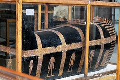 Mummy shaped coffin of Yuya. (konde) Tags: yuya yuja 18thdynasty newkingdom ancient mummycoffin kv46 museum cairo vulture thebes art deities hieroglyphs wood gilded