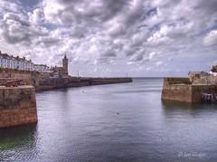 Porthleven harbour (Ian Gedge) Tags: england uk britain cornwall kernow porthleven harbour sea coast