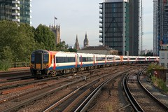 444029 (40011 MAURETANIA) Tags: vauxhall southwesttrains southwest swt blue red class 450 455 456 444 458 159 waterloo train unit emu electricmultipleunit parliament housesofparliament