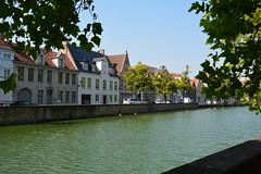 Bruges: Langerei (zug55) Tags: bruges langerei canal kanaal brugge brgge flanders flandres flandern belgium belgique belgi belgien vlaanderen westflanders westvlaanderen unescoworldheritagesite worldheritagesite unesco welterbe werelderfgoed