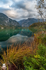 True Colours (SYNAPSTIC photography) Tags: nikon d750 fx austria sterreich almsee almtal grnau lake water reflections mountains sunset colours
