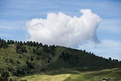 Center (Massimiliano Teodori) Tags: alpi dolomiti canon 6d tamron 70300 tamron70300vc usd valgardena italia landscape cloud centered sdtirol sudtirolo tirolo