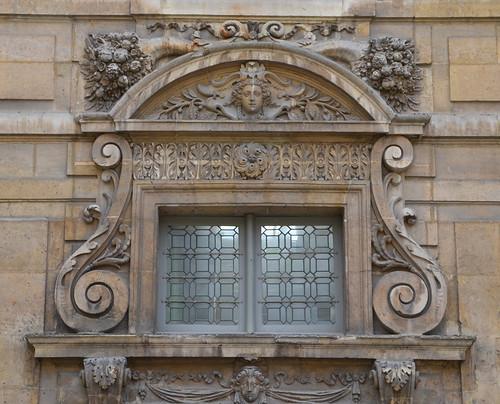 Thumbnail from Hôtel de Sully